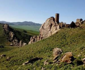 Castello di Pietratagliata – ArcheoTrekking someggiato